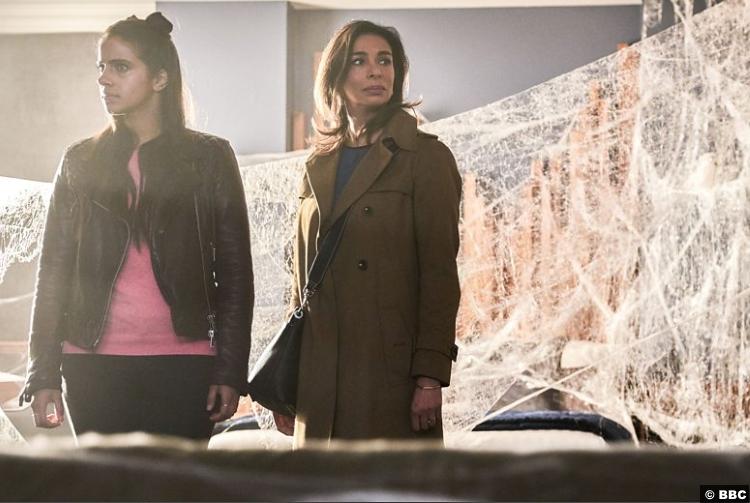 Doctor Who S011e04 Yasmin Mandip Gill Shobna Gulati Najia Khan