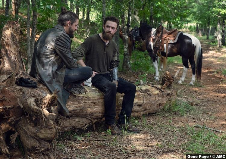 Walking Dead S09e07 Paul Rovia Jesus Tom Payne Aaron Ross Marquand