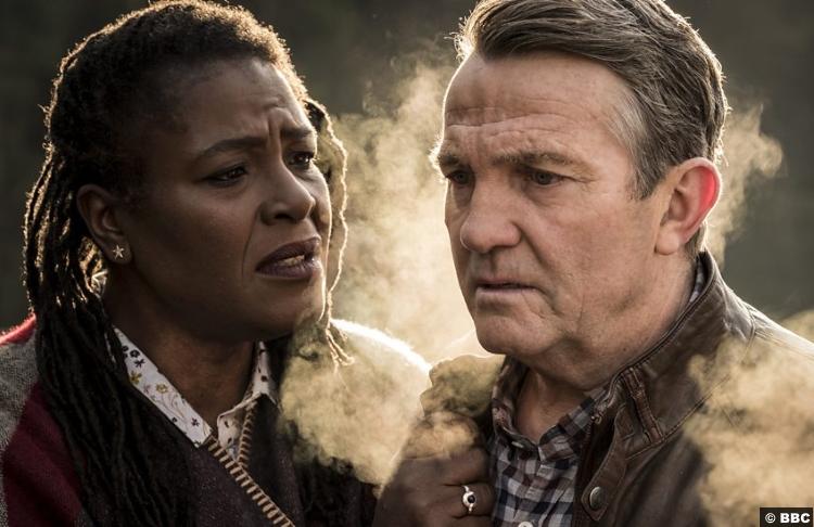 Doctor Who S11e09 Sharon Clarke Bradley Walsh Grace Graham Obrien