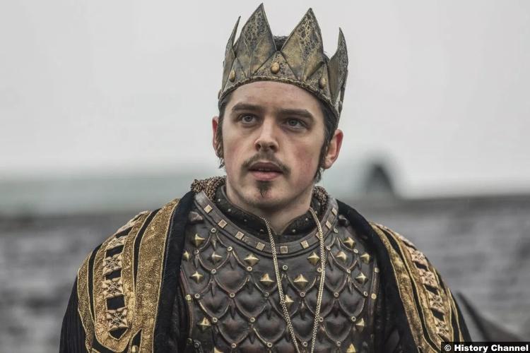 Vikings S05e15 Ferdia Walsh Peelo King Alfred