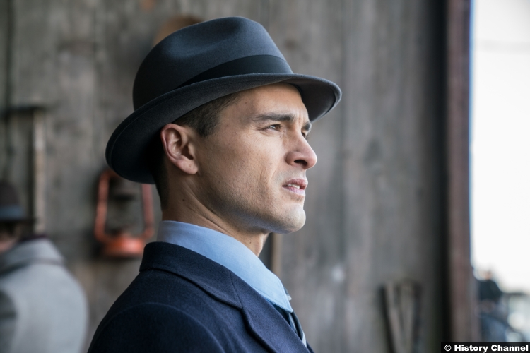 Project Blue Book S01e04 Michael Malarkey Captain Michael Quinn