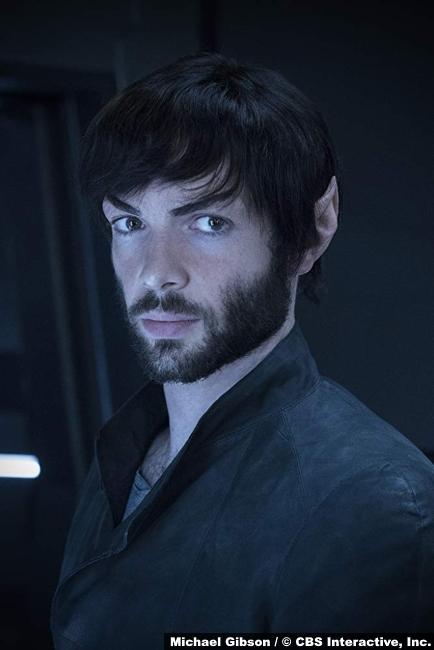 Star Trek Discovery Ethan Peck Spock