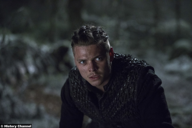 Vikings S5e18 Alex Hogh Andersen Ivar Boneless
