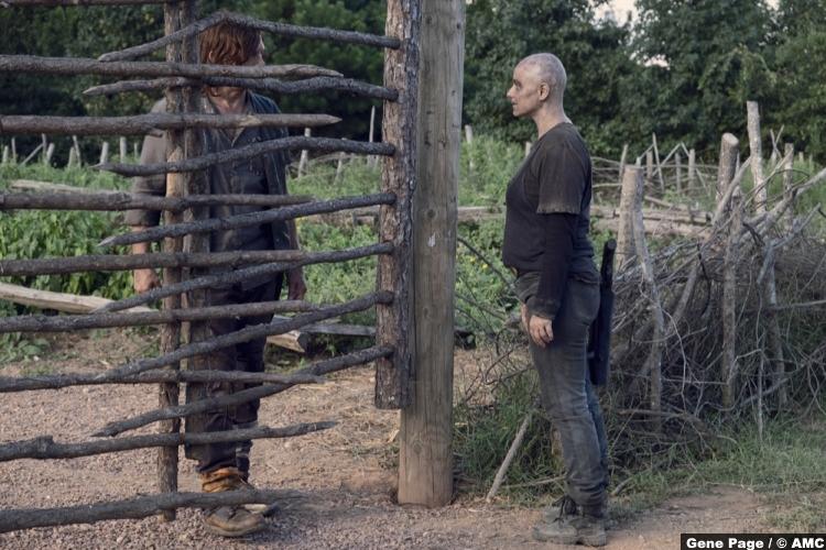 Walking Dead S09e11 Norman Reedus Daryl Dixon Samantha Morton Alpha