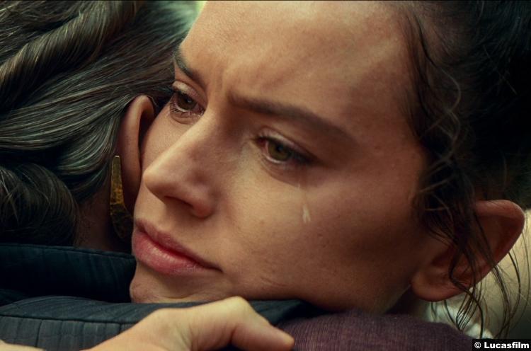 Star Wars Rise Skywalker Trailer Daisy Ridley Rey Carrie Fisher Princess Leia 19