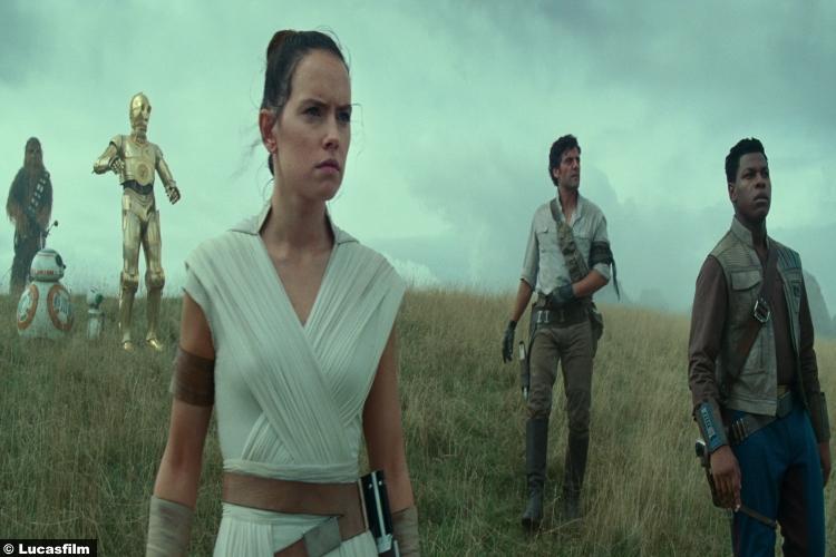 Star Wars Rise Skywalker Trailer Daisy Ridley Rey John Boyega Finn Oscar Isaac Poe Dameron C3po R2d2 Chewbacca 20