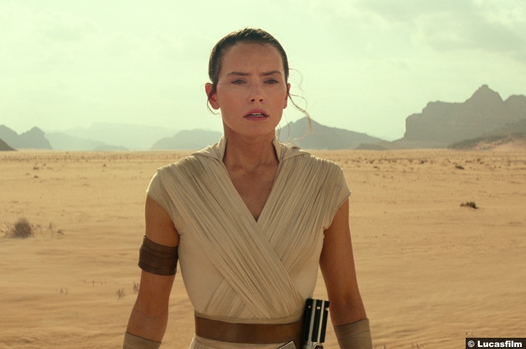 Star Wars Rise Skywalker Trailer Daisy Ridley Rey