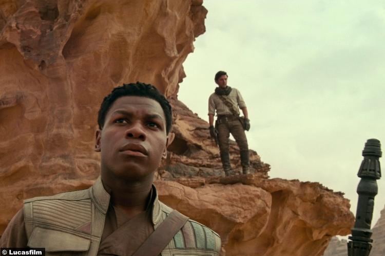 Star Wars Rise Skywalker Trailer John Boyega Finn Oscar Isaac Poe Dameron 10