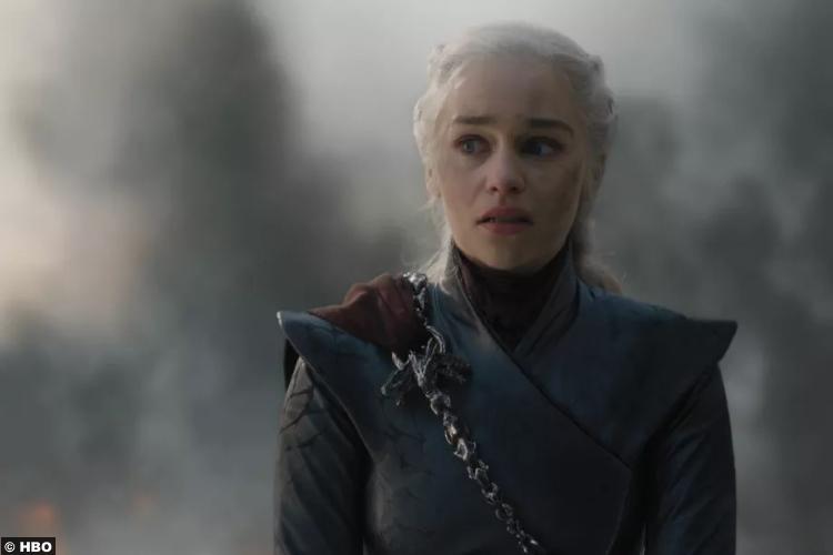 Game Of Thrones S08e05 Emilia Clarke Daenerys Targaryen 2