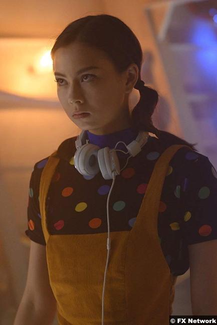 Legion S03e05 Lauren Tsai Switch