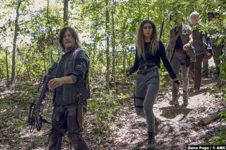 Walking Dead S10e08 Norman Reedus Daryl Dixon Nadia Hilker Magna Lauren Ridloff Connie Melissa Mcbride Carol Angel Theory Kelly