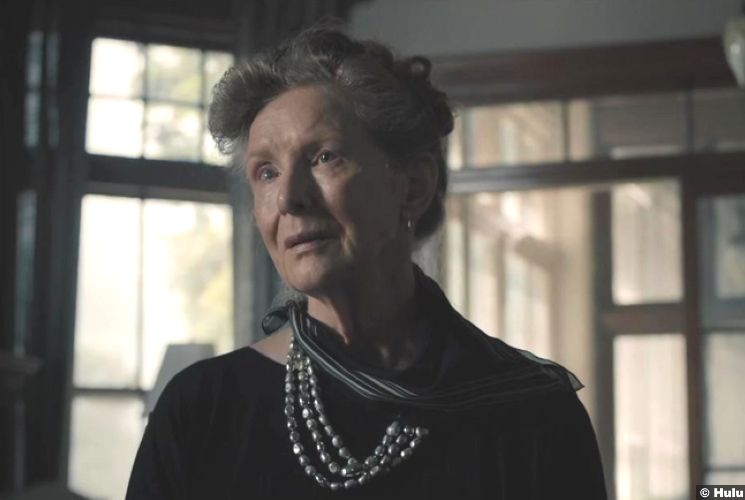 Castle Rock S02e09 Frances Conroy Martha Lacy