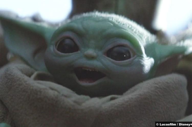 Mandalorian S01e08 Baby Yoda 2