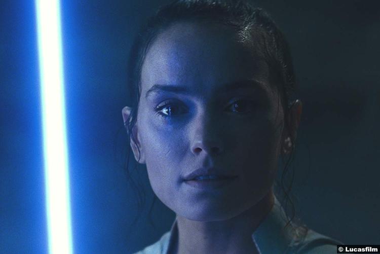 Star Wars Rise Skywalker Daisy Ridley Rey