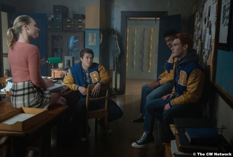 Riverdale S04e10 Lili Reinhart Betty Cooper Charles Melton Reggie Mantle Eli Goree Mad Dog Kj Apa Archie
