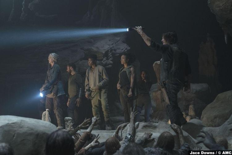 Walking Dead S10e09 Group