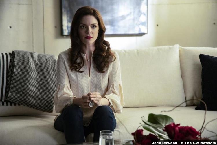 Nancy Drew S01e13 Sinead Curry Tiffany
