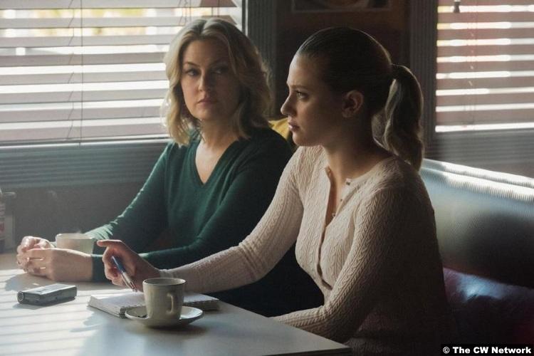 Riverdale S04e12 Lili Reinhart Betty Madchen Amick Alice Cooper