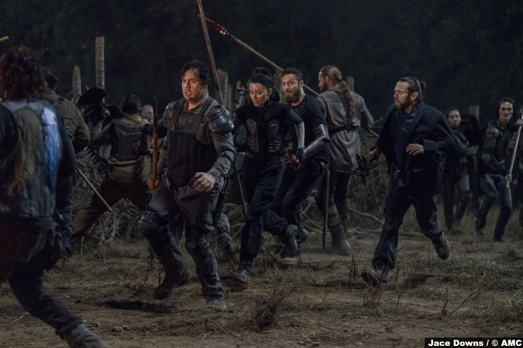 Walking Dead S10e11 Ross Marquand Aaron Eugene Josh Mcdermitt Luke Dan Fogler Rosita Espinosa Christian Serratos