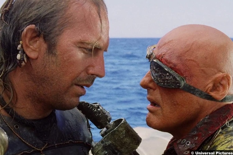 Waterworld Kevin Costner Mariner Dennis Hopper Deacon