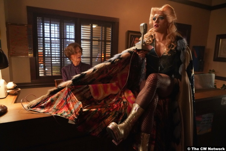 Riverdale S04e17 Casey Cott Josie Kevin