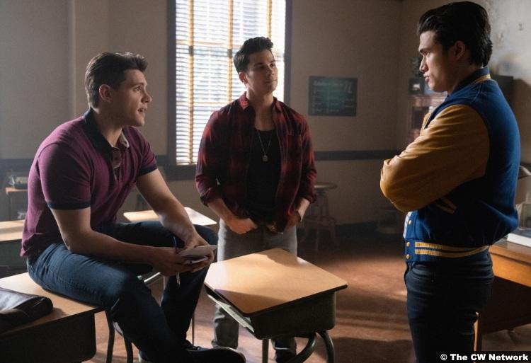 Riverdale S04e18 Drew Ray Tanner Charles Melton Casey Cott Fangs Reggie Kevin