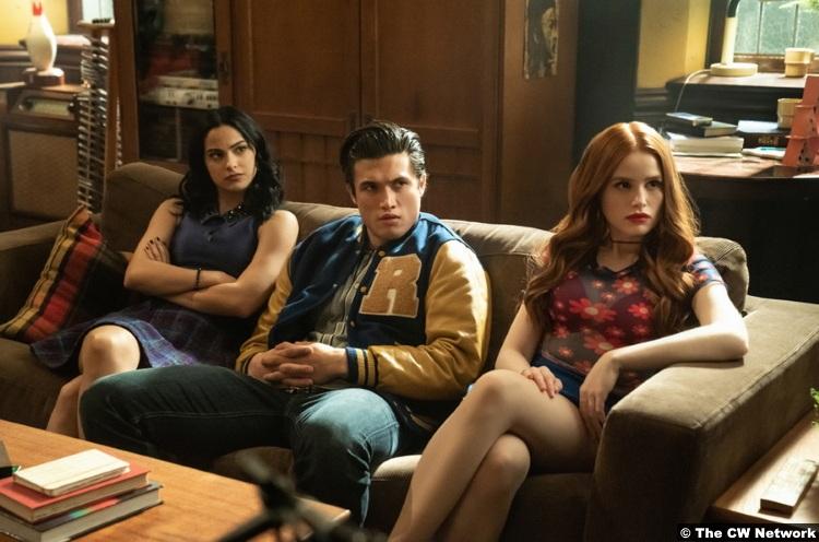 Riverdale S04e19 Charles Melton Reggie Mantle Camila Mendes Veronica Lodge Madelaine Petsch Cheryl Blossom