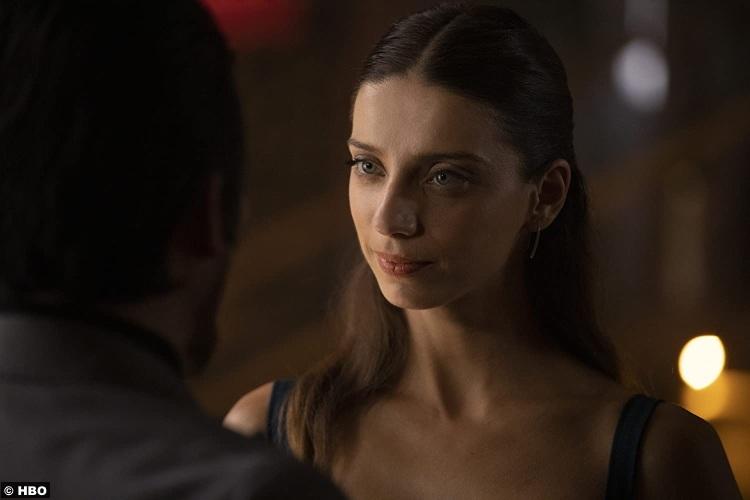 Westworld S03e07 Angela Sarafyan Clementine Pennyfeather