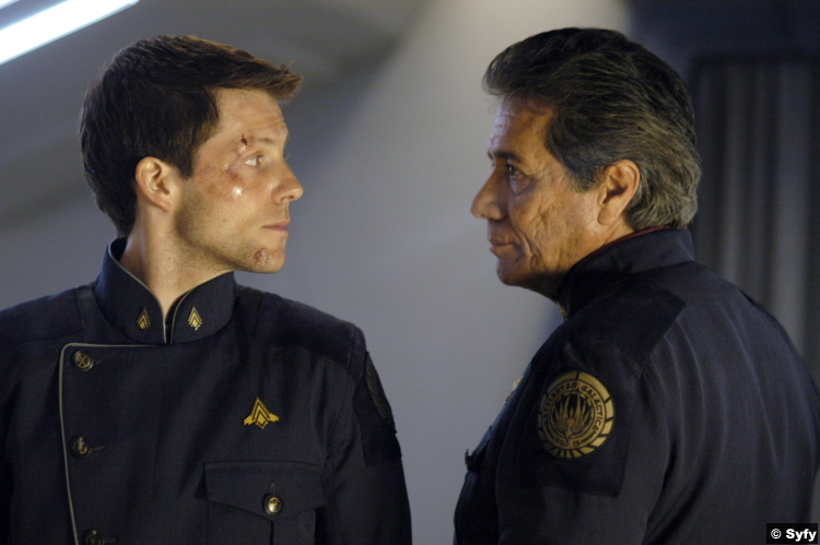 Battlestar Galactica S01e03 Jamie Bamber Edward James Olmos Lee Apollo Adama Commander