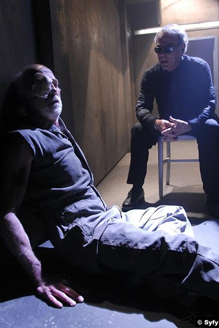 Battlestar Galactica S03e01 Michael Hogan Dean Stockwell Colonel Saul Tigh John Cavil