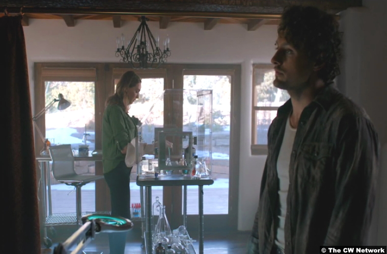 Roswell New Mexico S02e12 Jamie Clayton Michael Vlamis Charlie Cameron Michael Guerin