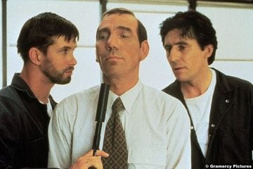 The Usual Suspects Stephen Baldwin Pete Postlethwaite Gabriel Byrne