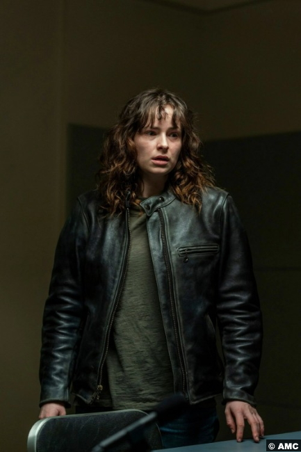 NOS4A2 S02e08 Ashleigh Cummings Vic McQueen