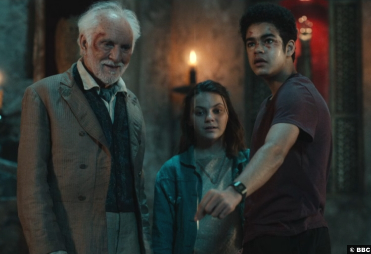 His Dark Materials S02e04 Terence Stamp Dafne Keen Amir Wilson Giacomo Paradisi Lyra Silvertongue Will Parry