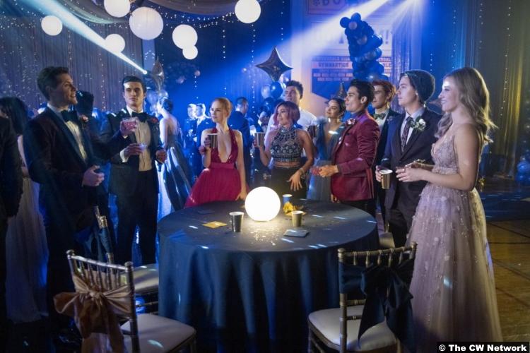 Riverdale S05e01 Group