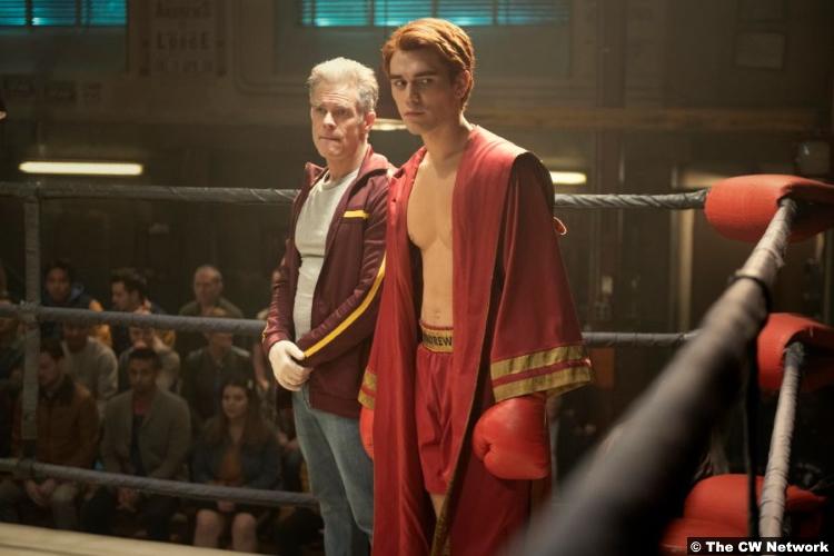 Riverdale S05e01 Martin Cummins K.J. Apa as Tom Keller Archie Andrews