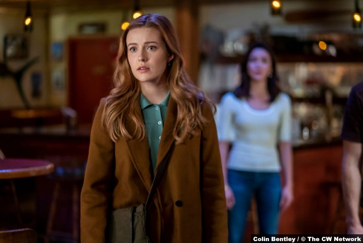 Nancy Drew S02e05 Kennedy McMann and Maddison Jaizani as Nancy and Bess