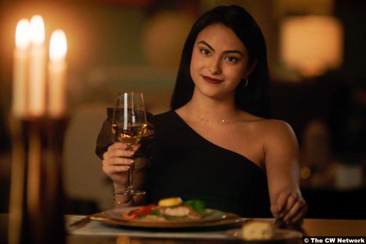 Riverdale S05e04 Camila Mendes as Veronica Lodge