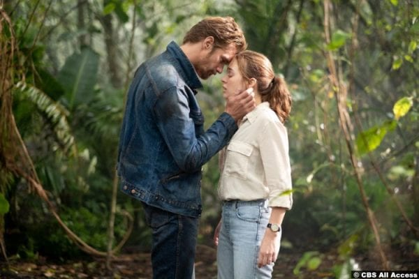 The Stand S01e09 Alexander Skarsgård and Odessa Young as Randall Flagg and Frannie Goldsmith