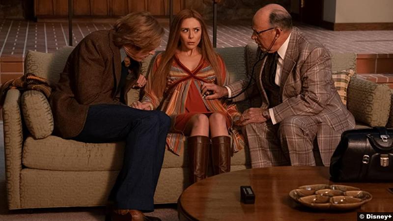 Wandavision S01e03 Paul Bettany Elizabeth Olsen Randy Oglesby as Vision Scarlet Witch Doctor Stan Nielsen