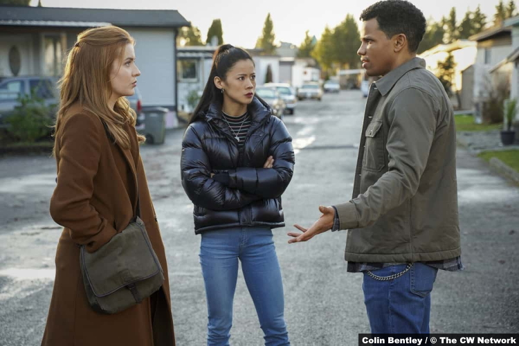 S02E09 Kennedy McMann Leah Lewis and Tunji Kasim as Nancy, George and Nick