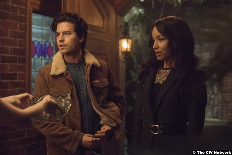 Riverdale S05e08 Cole Sprouse and Erinn Westbrook as Jughead Jones and Tabitha Tate