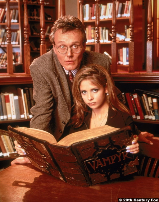 Anthony Head and Sarah Michelle Gellar as Rupert Giles and Buffy Summers