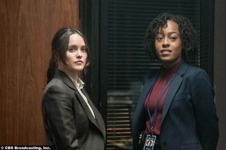 S01E07 Rebecca Breeds and Devyn Tyler as Clarice Starling and Ardelia Mapp