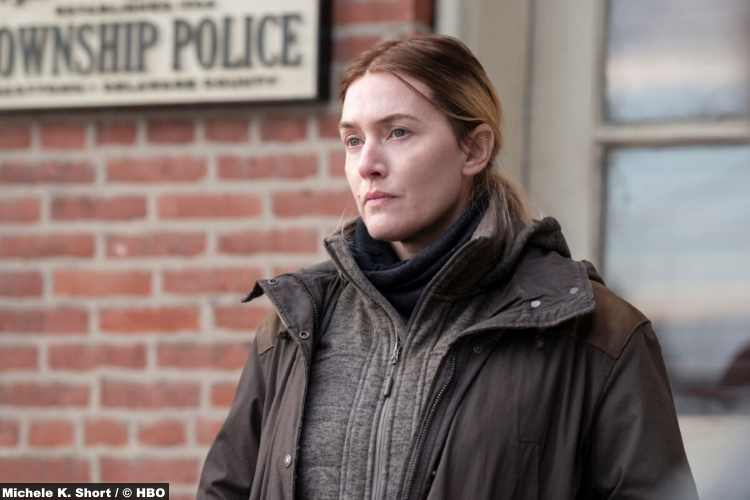 S01E02 Kate Winslet as Mare Sheehan