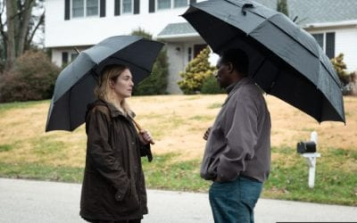 Mare Of Easttown S01e03: Kate Winslet and John Douglas Thompson as Mare Sheehan and Chief Carter