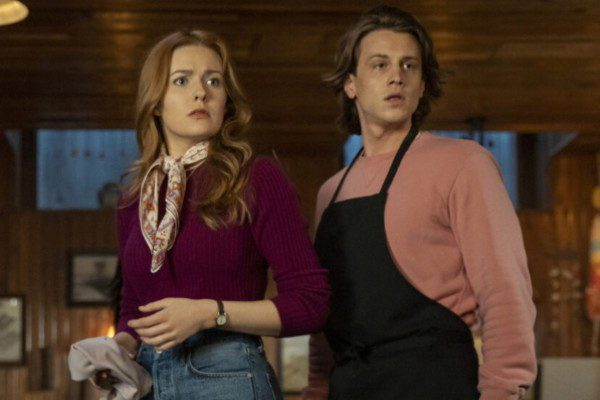 S02E13 Kennedy McMann and Alex Saxon as Nancy Drew and Ace