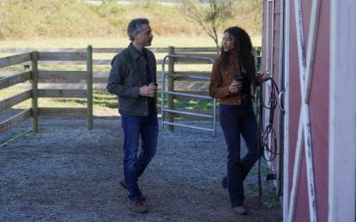 Big Sky S01e16: Omar Metwally and Kylie Bunbury as Mark Lindor and Cassie Dewell