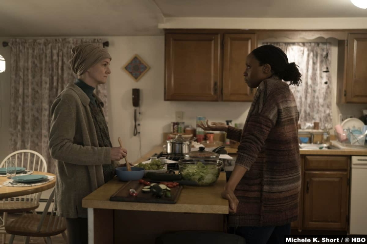 Mare Of Easttown S01e04: Enid Graham and Chinas Ogbuagu as Dawn Bailey and Beth Hanlon