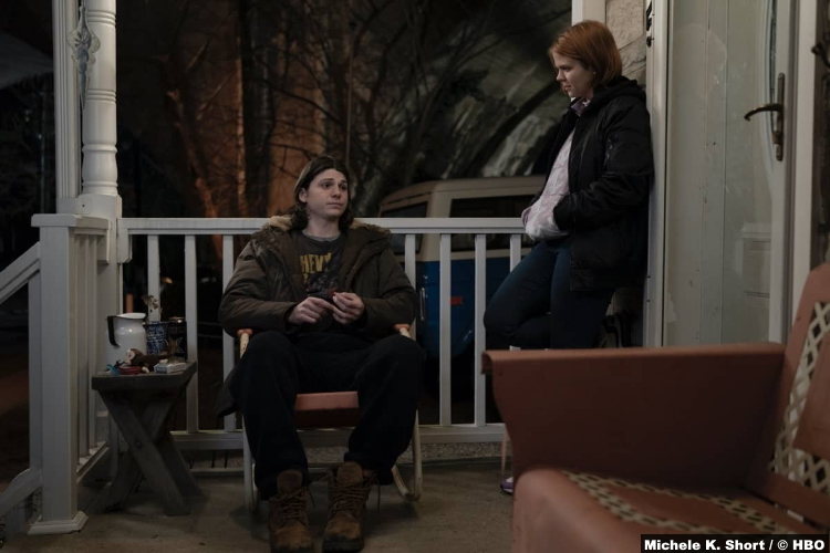 Mare Of Easttown S01e05: Jack Mulhern and Mackenzie Lansing as Dylan Hinchey and Brianna Delrasso